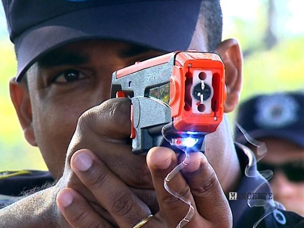 Foto de Câmara vota uso de arma não letal por guardas patrimoniais