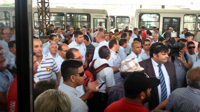 Foto de Suspensão da greve do Sinttromar é prorrogada