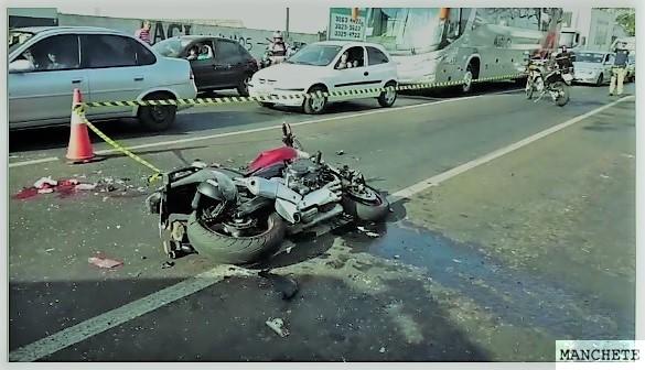 Foto de Motociclista fica gravemente ferido após acidente na av Colombo