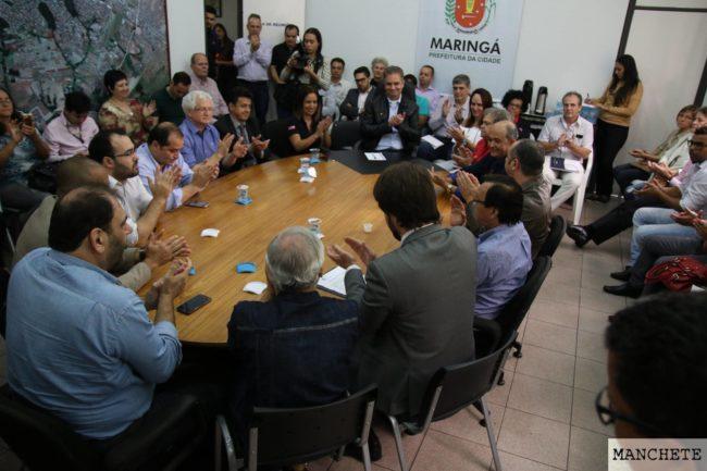 Foto de Em dia histórico, administração encerra ação da trimestralidade