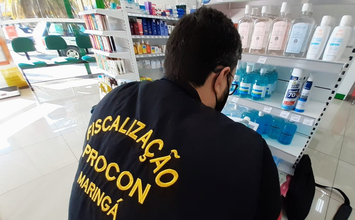 Foto de Procon recolhe marcas reprovadas de álcool em gel